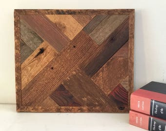 Barn Wood Picture, Country Decor, Farm Decor, Barn Wood Wall Hanging, Barn Wood Art, Picture, Barn Wood Quilt, Barn Wood, Reclaimed Wood