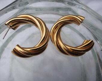 Vintage Gold tone Hoop Costume Jewelry Earrings