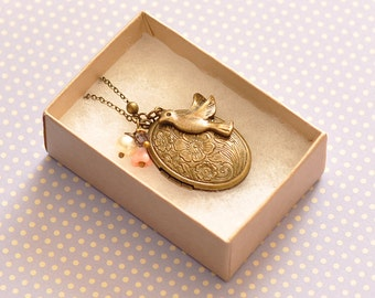 Anne Oval Locket Pendant Necklace