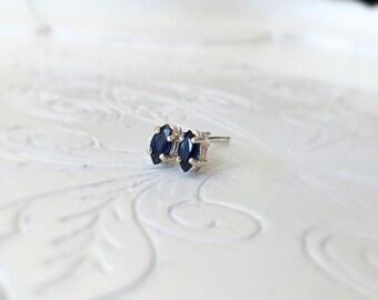 Blue sapphire 925 sterling silver earrings/Studs Earrings