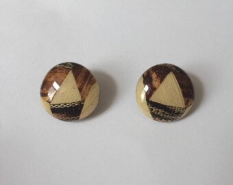 Retro 1970's Brown Beige Threaded Lucite Detailed Smooth Round Large Statement Clip On Earrings