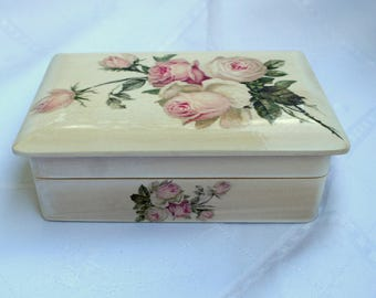 Jewelry box with mirror, elegant casket, keepsake box, wooden box, wooden chests, gift for her