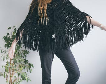 Vintage Boho Poncho, Black Poncho, 70s Clothing, Boho Clothing, Hippie