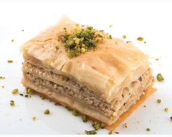 Handmade Baklava, Walnuts,Cashews or Pistachios filling, Made to Order, 32 pcs, half tray, 2lbs total