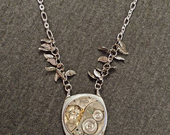 Clockwork Mechanism Pendant