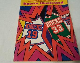 1971 Sports Illustrated Magazine Lew Alcindor Bucks Bulletts