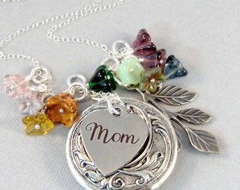 Wild Flowers For Mom,Mom Necklace,Jewelry for Mom,Mothers Day,Mom Locket,Mom Jewelry,Mom Necklace,Mother,Flower Jewelry,Flower Garden