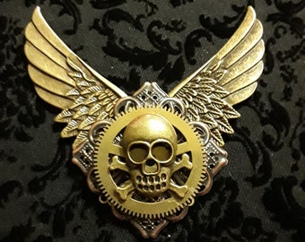 Steampunk Wing Skull Pin