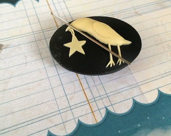 Crow and Star needle minder magnetized needle holder sewing notions embroidery cross stitch