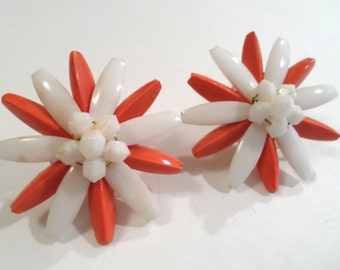 Vintage Orange and White Lucite Flower Earrings Clip On Earrings Lucite Jewelry Flower Jewelry