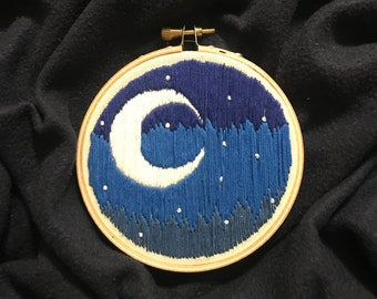 Embroidery Moon - 4 inch