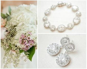 Crystal Bridal Jewellery SET, Round Crystal Bridal Earrings and Bracelet SET, Crystal Halo Bridal Jewelry Set