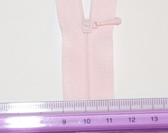 WORLDS SMALLEST ZIPPER in Lt. Pink #512. 2mm across. Kit for Doll Clothes and other Small Projects