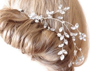 Pearl crystal hair pins Bridal pearl comb Hair accessories Wedding Veil attachment Bridesmaids hair accessories flower girl Swarovski pearls