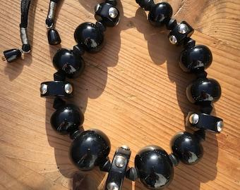 Black resin beads