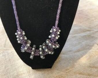Beaded bead necklace.