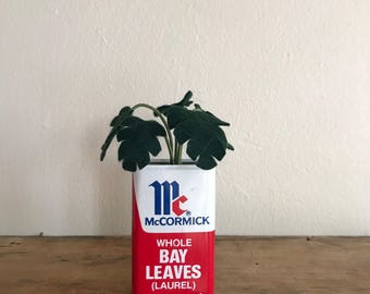Dark Green Felt Leafy Plant in Vintage Kitchen McCormick Bay Leaves Tin // Gifts for Her // Fake Plants // Home Decor // Succulent