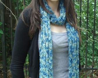 Blue/Green Multicolor Ribbed Scarf