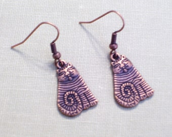 Antiqued Copper Folk Art Cat Earrings, Copper Kitty Jewelry, Animal Jewelry, Cat Jewelry, Textured Pierced Dangle Earrings