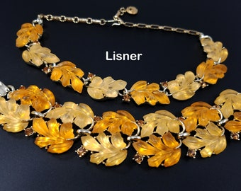 LISNER Demi-Parure Yellow & Apricot Lucite Leaves Vintage Necklace and Double Row Bracelet with Gold Toned Metal, Amber Rhinestones, 1960s