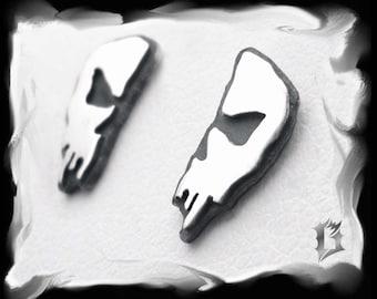 Small skull earrings, sterling silver #620.1