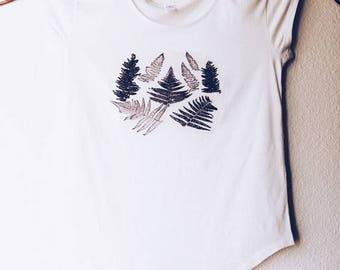 Women Ferns Shirt, Women Plant Shirt, Women Nature Shirt, Nature Lover's Shirt, Women Leaves Shirt, Outdoor Shirt, Women Garden Shirt,