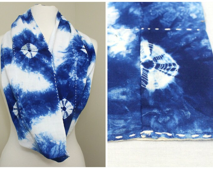 Indigo Shibori Cotton with Sashiko. Japanese Antique Folk Textile (Ref: 1704)