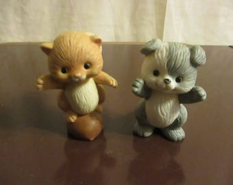 Avon squirrel puppie Figurines Best Buddies set of 2