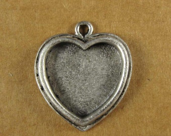 Small Heart Bezel Frame Tray in Antique Sterling Silver Finish for Pendants