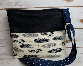 Handmade multiple pocket zip top purse