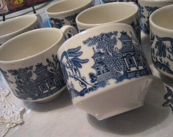 Eight Blue Willow Cups