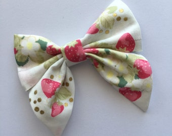 Strawberry Fields Lexie Fabric Hair Bow