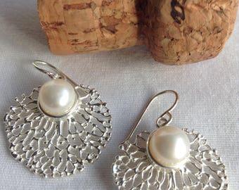 Sea fan freshwater pearl earrings