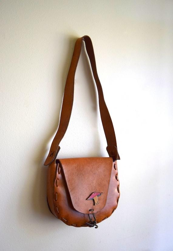 Vintage 1970s Leather Purse w/Toadstool Detail ~ Bohemian, Sachel, Folk