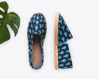 Sparkly Cactus Unisex Espadrilles in Midnight – Suzie London 70s retro espadrille summersandals with blue lining handmade in London