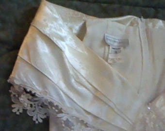 No. 13 Listing is vintage Jessica McClintock wedding dress preserved gently worn once 11/12