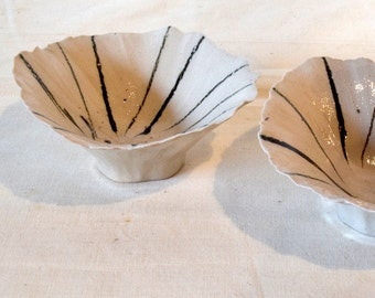 Sample/Seconds/Sale/Pinch bowls/Ceramic ring bowls/Striped ring bowls/Organic ring bowls/Unique ring bowls/Ring bowls/Jewelry bowls