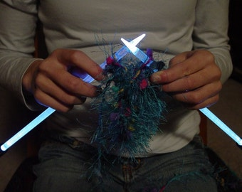 NeedleLite Lighted Knitting Needles, US Size 10 1/2 Long, 1 Pair
