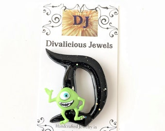 Disney D Brooch, Disney D Mike Pin, Black Disney D Badge, Black Disney D Pin, Retro D Pin, Disneyland Pins, Vintage Disney Pins