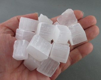 5 Selenite Cubes - Angelic Crystals, Raw Selenite, Crown Chakra, Calming Stones, Spiritual Stone, Natural Healing Crystals and Stones (T190)
