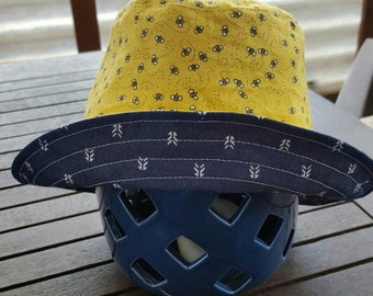 Reversible Bucket Hat Size 2 to 4 years
