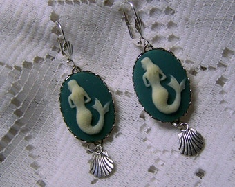 Siren of the Sea, Mermaid Earrings, Teal Mermaid, Under the sea , Little Mermaid, Mermaid and shell Earrings, Mermaid Cameo Jewelry
