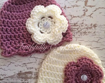 Newborn twin girl hats.. Flower hair clips.. Photography prop.. Ready to ship