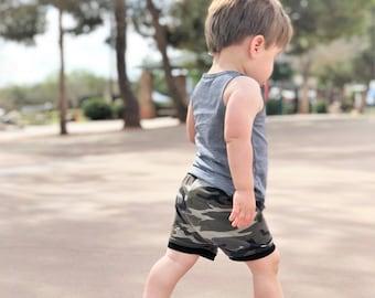 Camo Shorts, Camo Shorties, Camo Bummies, Boy Shorts, Toddler Shorts, Toddler Shorties, Camo Baby Outfit, Camo Baby Shower, Camo Baby Shorts