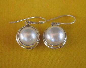 Striking Balinese Sterling Silver white mabe pearl dangle Earrings / silver 925