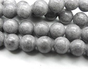 52 jade 8 mm natural silver grey