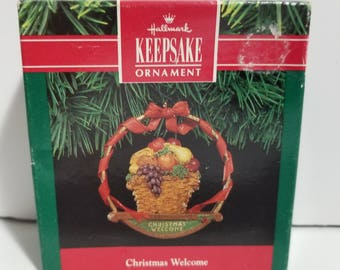 Vintage New in Box Hallmark Keepsake Ornament Christmas Welcome 1991