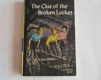 Nancy Drew The Clue of the Broken Locket, Nancy Drew Number 11, Nancy Drew vintage book, 1970s Nancy Drew book, Nancy Drew mystery