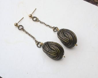 Vintage Lucite Knot Earring Beaded Long Earring Silver Chain Dangle Earring Gold Post Earrings Unique Design Multi Metal Colors