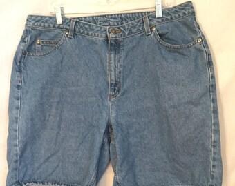 1980's 1990's Vintage Liz Claiborne Classic denim jeans shorts 16w